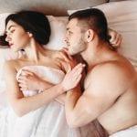 DHEA gegen Hitzewallungen und Lustlosigkeit